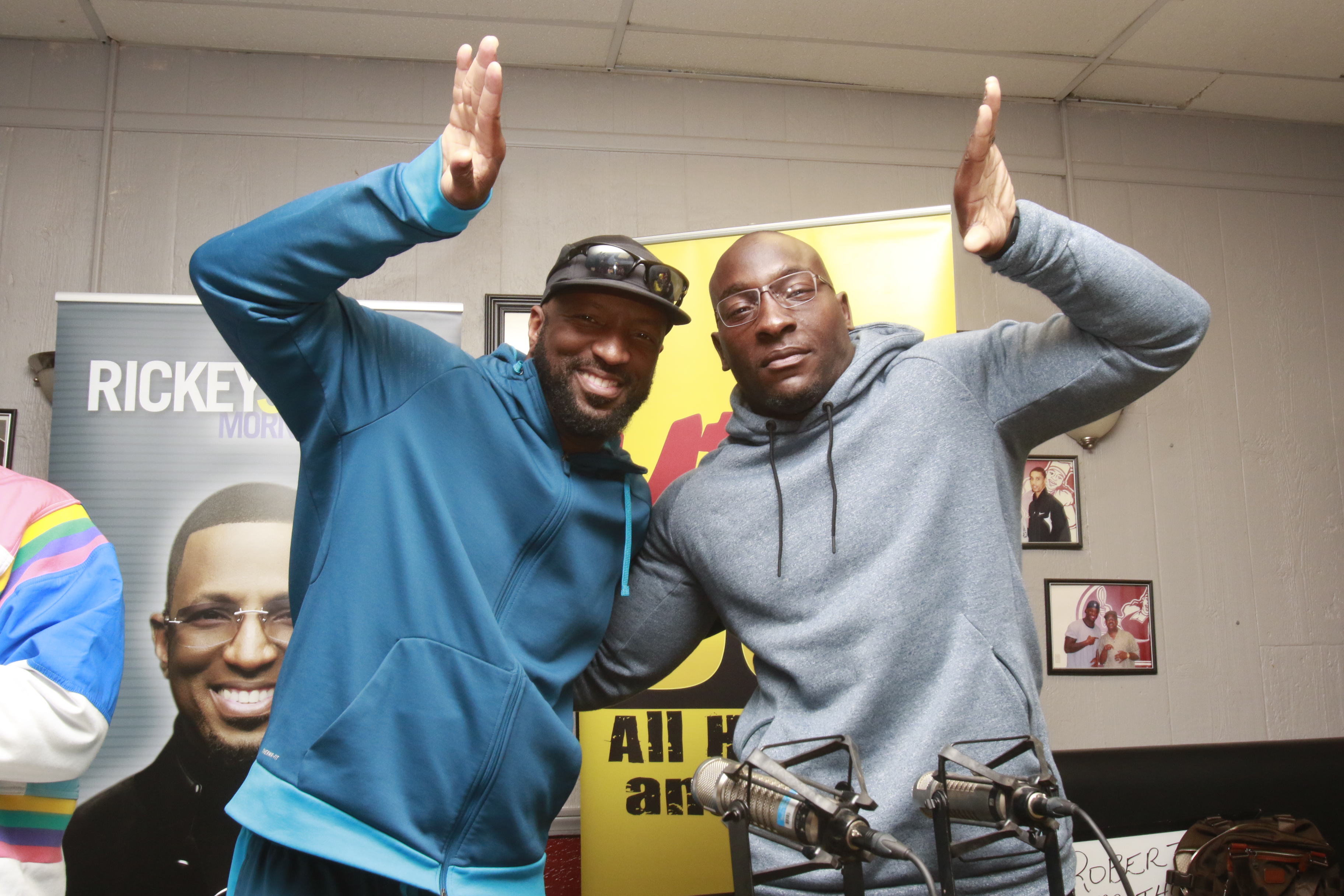 Rickey Smiley Morning Show At Kountry Kitchen In Indy