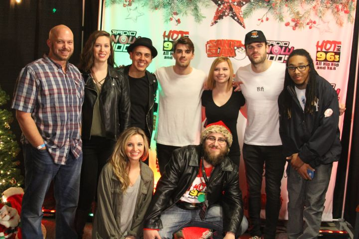 Chainsmokers' Santa Slam Meet and Greet!