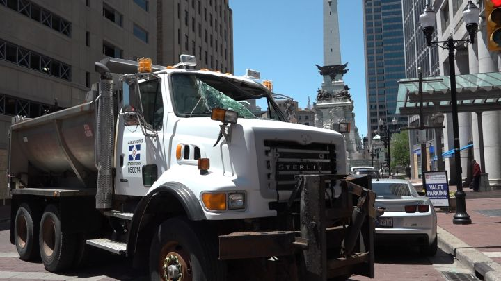 Truck with window smashed in Downtown Indianapolis after protests
